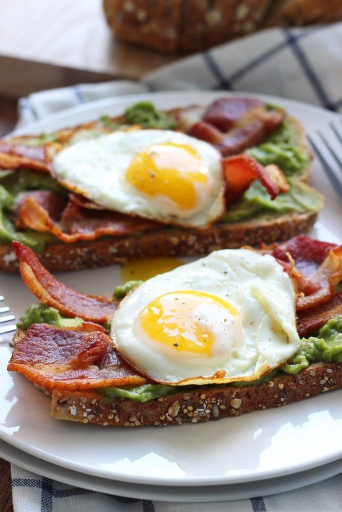 Open faced breakfast sandwich with guacamole - Recipes - Appliance City