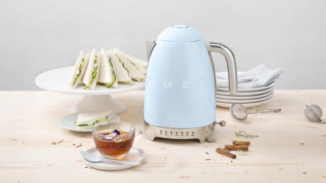 smeg-kettle-1_1600x1000_1600x1000