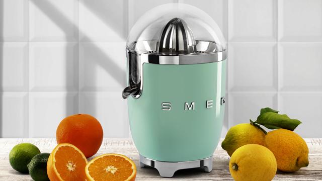 smeg-juicer