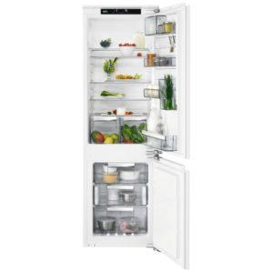 AEG SCE8182VNC 177cm Integrated 70/30 CustomFlex Frost Free Fridge Freezer