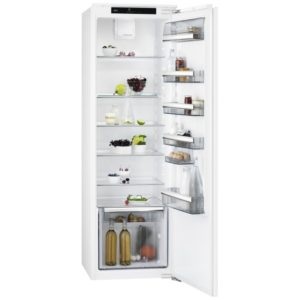 AEG SKB8181VDC 177cm Integrated In Column Larder Fridge