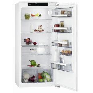 AEG SKE8122VAC 122cm Integrated In Column Larder Fridge