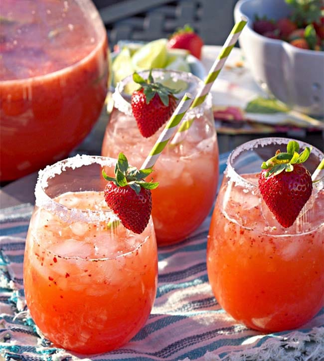 Strawberry Margarita Punch. National Punch Day! | Appliance City - Recipes