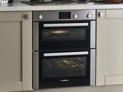 bosch-built-under-double-fan-oven-kitchen-appliances-howdens-inside-counter-prepare-10